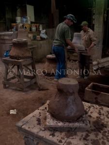 Fundição de sinos em bronze